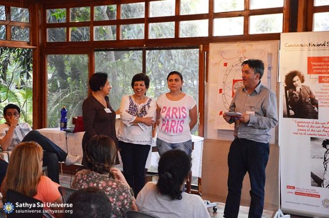 Sathya Sai Devotees at retreat, Ecuador