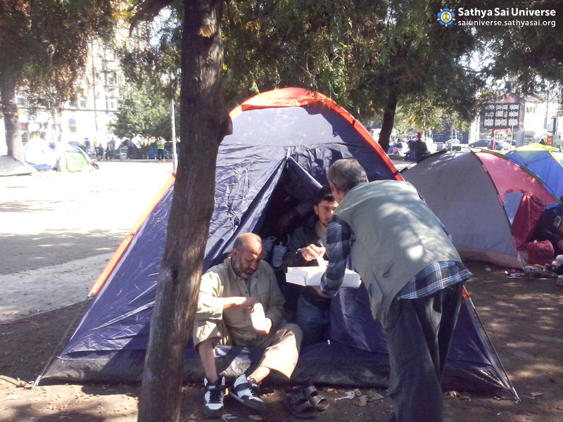 Service for the Syrian refugees in Serbia 4th October 2015 3 copy
