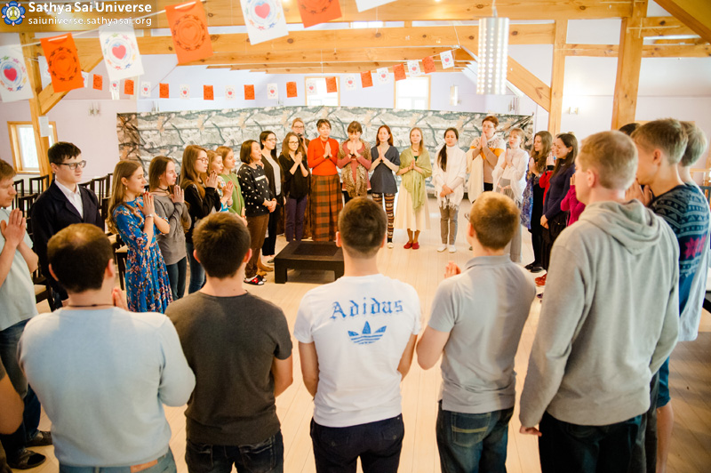 2016.03.05-07-8Z-Russia-Moscow-Zonal Youth Conference and Festival-meet the delegates copy