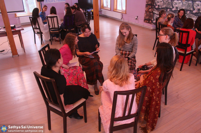2016.03.05-07-8Z-Russia-Moscow-Zonal Youth Conference and Festival-round tables copy