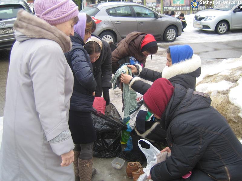 2016.03.12 -Z8- Russia -region 5 -Zone feeding-clothing distribution copy