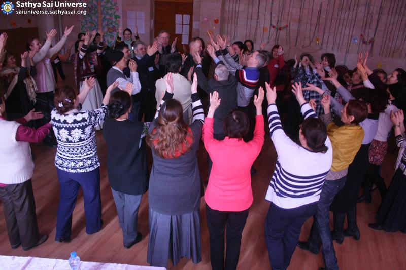 2016.03.25-27-Z8-Russian-14th Zonal Conference of Sathya Sai Education--+¦--ª-+--ª-+Ñ.jpg) copy