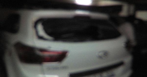 Diwali 2017 Kamla Nehru Hospital's doctors and civilians car dameg in one man