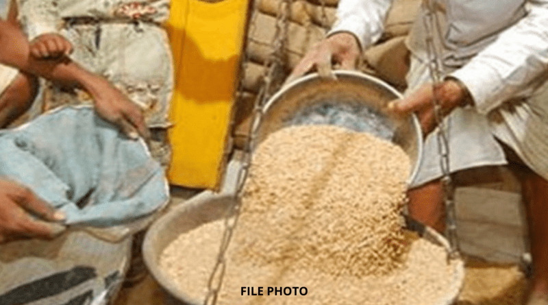 Refusal-to-give-grain-to-citizens-as-per-portability-from-ration-shopkeepers.