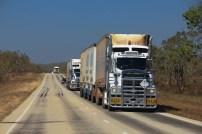 La Stuart Highway et ses road trains