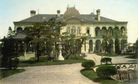明治十六年(1883年)竣工の鹿鳴館。