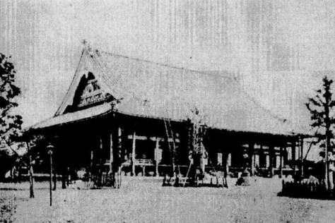 明治三十四年、再建された築地本願寺本堂