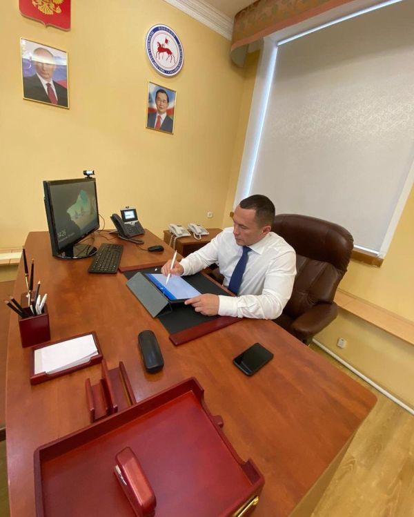 Фотофакт: Бердников опубликовал фото с нового места работы ...