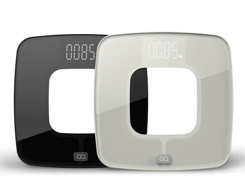 oaxis-glo-body-analyzer-designboom-02-818x629