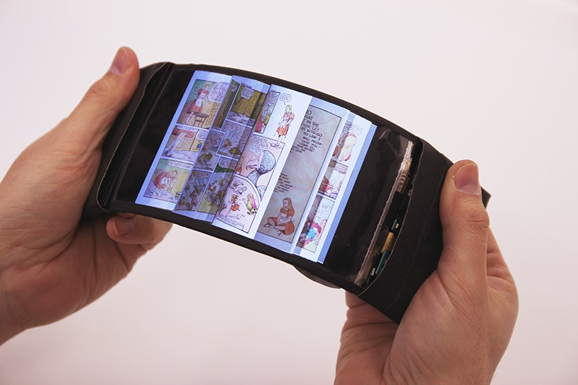 human-media-labs-reflex-flexible-smartphone-designboom-01-818x545