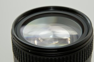 lens-456831_1920