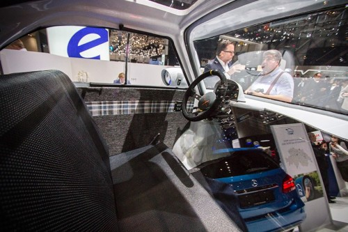 mircolino-electric-vehicle-concept-designboom-09-818x545