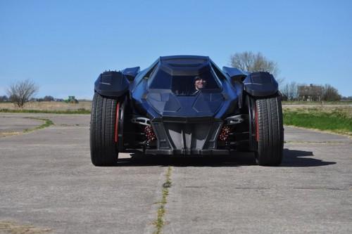 caresto-arkham-car-team-galag-gumball-3000-designboom-05-818x544