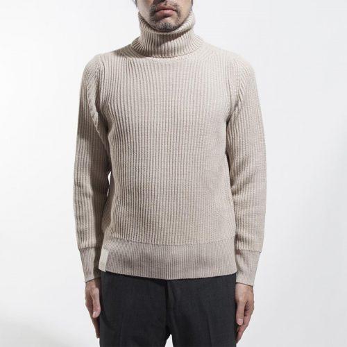 クルーナ(CRUNA) ハイネックセーター GINZA