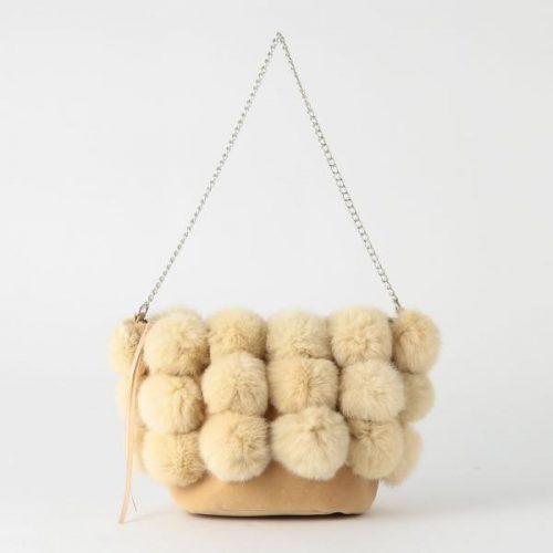 ラウゴア(Laugoa) ラビットファーチェーンバッグ