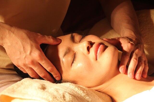 massage pour lutter contre les rides