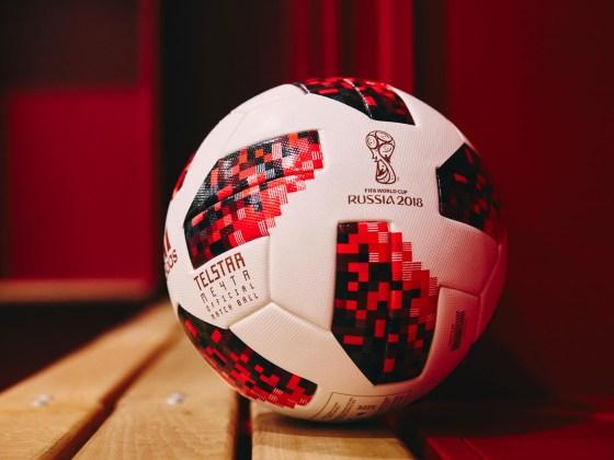 """adidas lancerer ny Telstar """"Mechta"""" VM-fodbold 7"""
