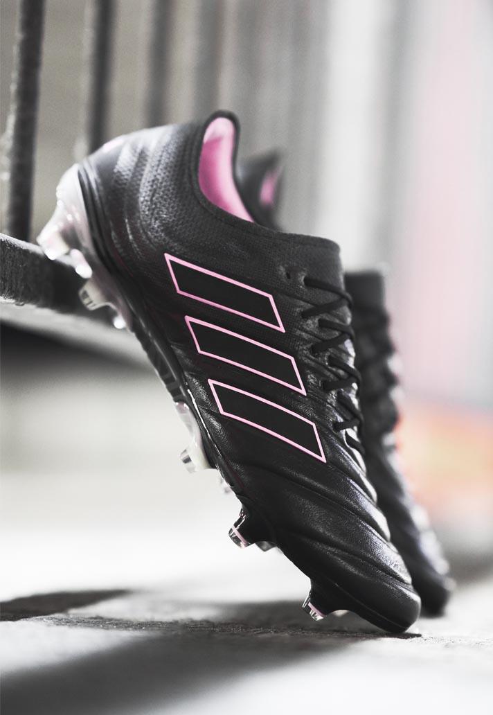 """adidas præsenterer den kvindelige udgave af deres """"Exhibit Pack"""" 3"""