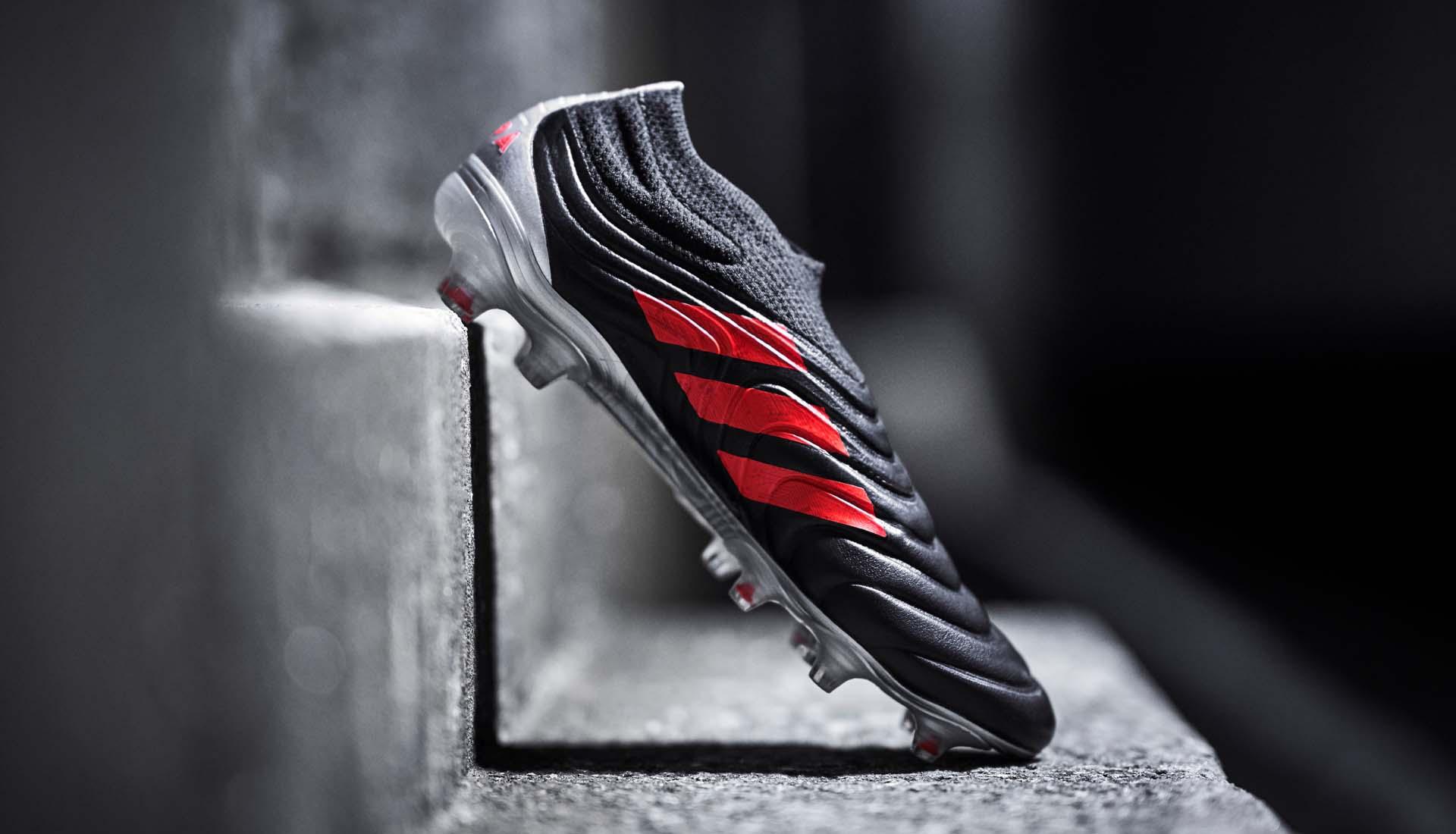 "adidas lancerer deres nye ""302 Redirect"" pack 3"
