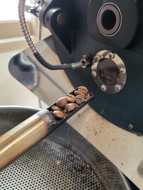 Roasting Beans Coffee Coffee Bean  - Y-ssoo / Pixabay