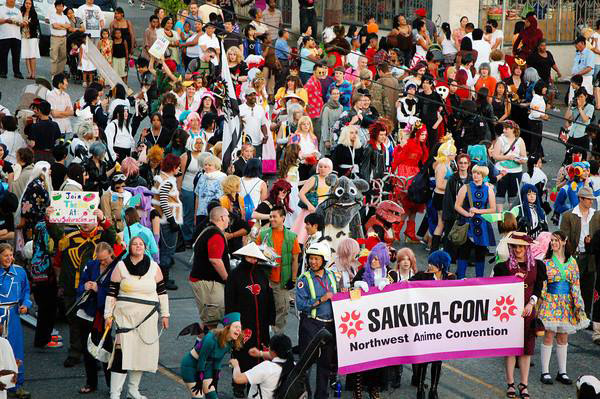 This image has an empty alt attribute; its file name is Seafair-Chinatown-International-District-parade.jpg
