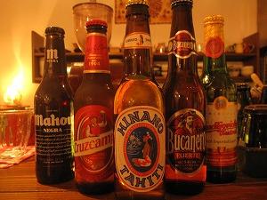 石垣島のカフェ&カレー「トラベラーズカフェ朔」の世界のビール20140528