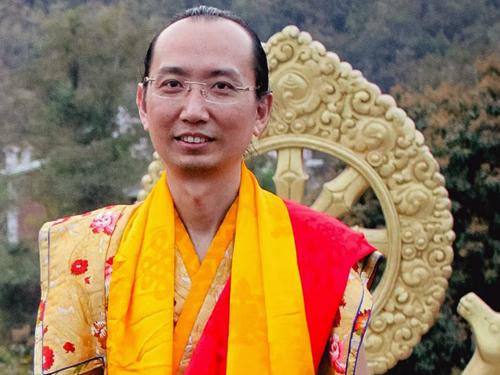 His Holiness Kyabgon Gongma Trizin Rinpoche (42nd Sakya
