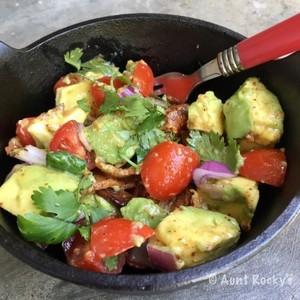 Aunt Rocky's Avocado & Bacon Salad (LCHF)