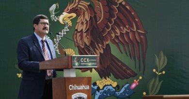 AMLO quiere a los gobernadores sometidos y humillados: Javier Corral