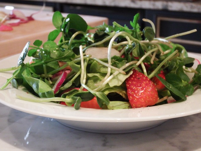 Strawberries & Sunflower Greens With Lemon Mint Dressing