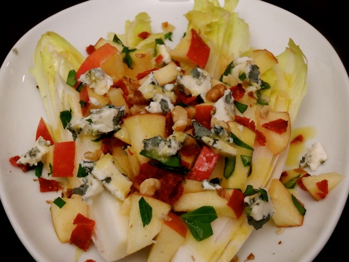 Endive Hearts With Apples, Blue Cheese & Bacon