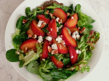 Roasted Plums, Blue Cheese and Pecans With Ginger Mint Dressing