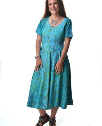 Ibu Indah Dorothy Dress in Rayon