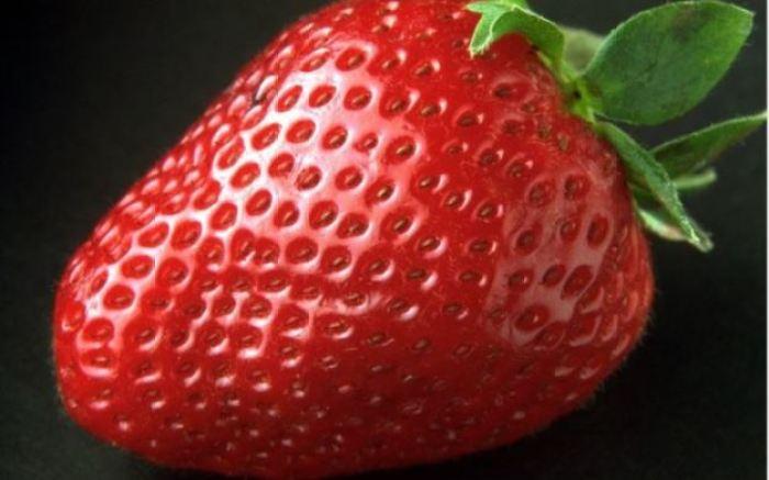 foto-buah-strawbeyi