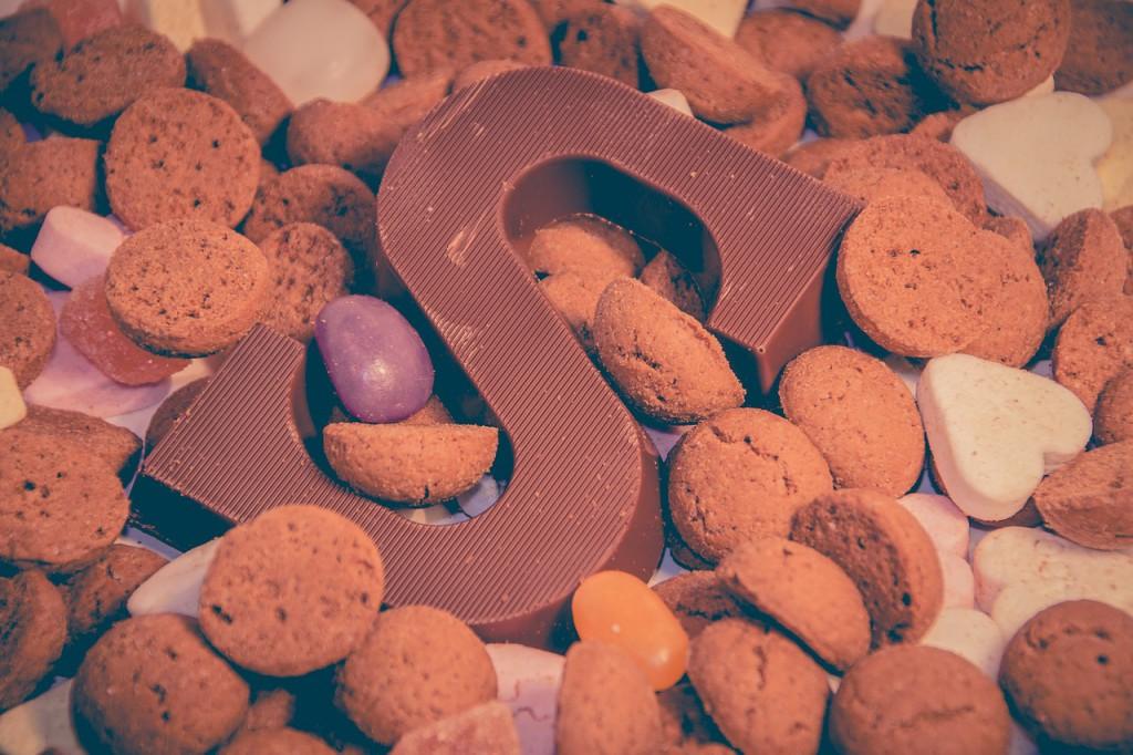 chocoladeletter strooigoed kruidnoten