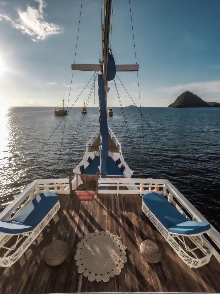 La Nissa Liveaboard Open Trip Labuan Bajo Komodo