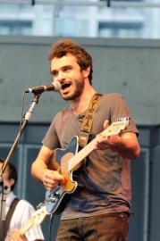 علی عظیمی آهنگساز و نوازنده گیتار
