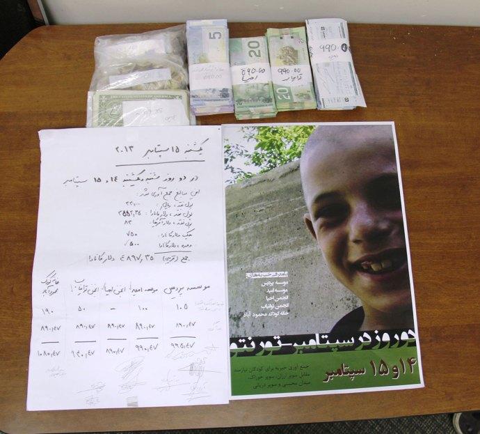 هفته گذشته، به همت جمعی از اعضای کامیونیتی ایرانی ـ کانادایی، بیش از 4800 دلار برای کمک به کودکان نیازمند در ایران جمع آوری شد.  عکس ها از سلام تورنتو (محمد  تاج دولتی)