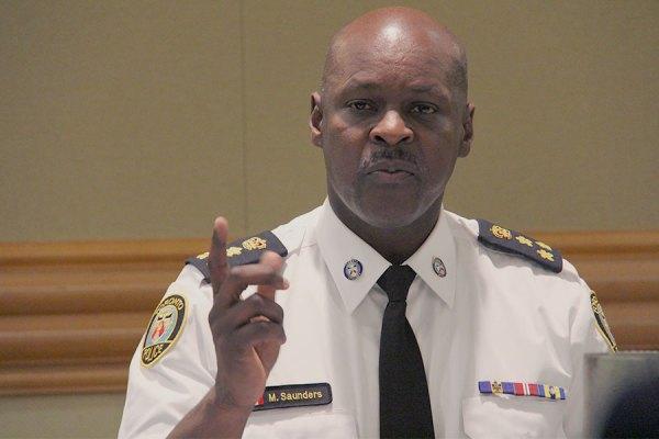 مارک ساندرز رئیس پلیس تورنتو