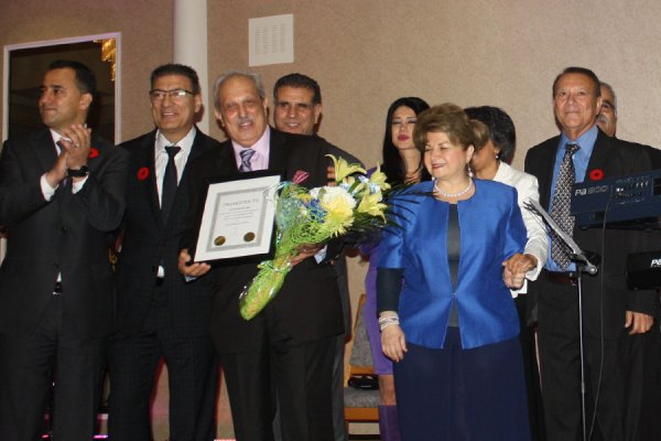 قدردانی از شهرام صارمی، رئیس سازمان حمایت از جوانان  ایرانی ـ کانادایی