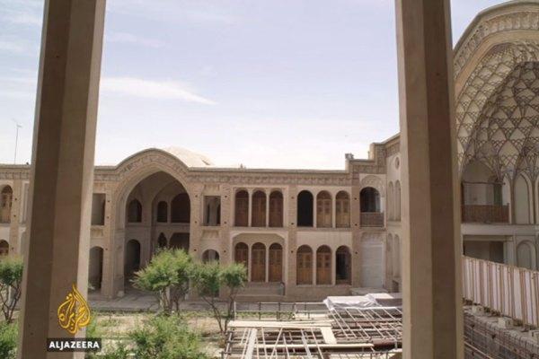 نمایی از خانه عامری ها که از تلویزیون الجزیره پخش شده است.