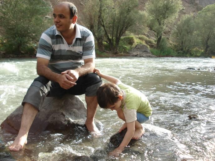 احمد نورانی شالو از خود وصیت نامه ای به جا گذاشته، ولی هنوزمعلوم نیست برای پسرش کوروش چه آرزوهایی داشته- عکس از فیسبوک