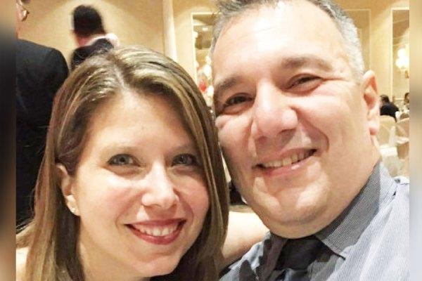 الیادیس 52 ساله و پارتنرش شری ویلیامز 42 ساله سوار بر موتورسیلکت  در حومه هالیبرتون انتاریو تصادف کردند و جانشان را از دست دادند
