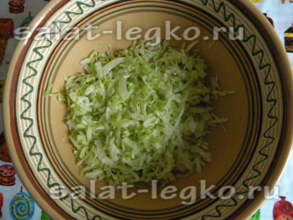 Салат из молодой капусты: рецепт с фото, очень вкусный