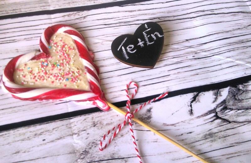Cukormentes nyalóka szív fehércsokival