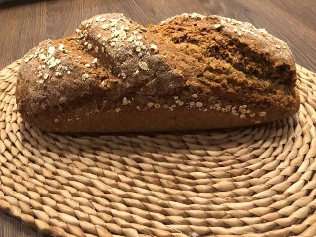 Teljes kiőrlésű kenyér recept dagasztás nélkül