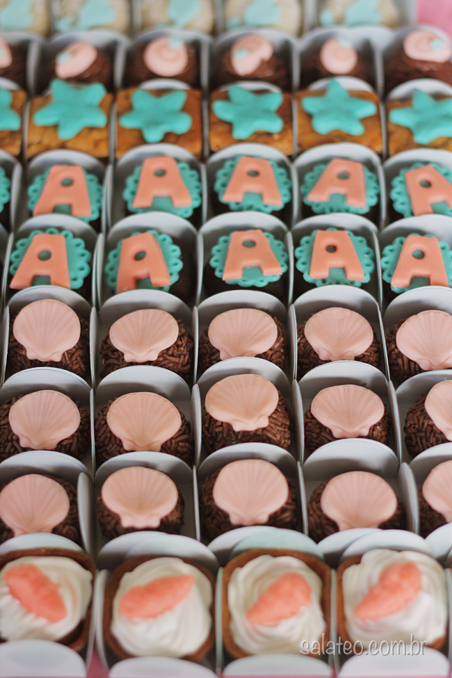 festa-fundo-mar-brigadeiro-decorado-salateando