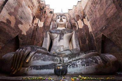 Phra_Achana_-_Wat_Si_Chum
