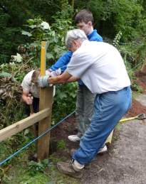SACV doing fencing work on the Middlewood Way
