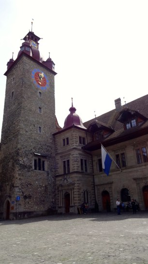 Rathaus: Town Hall.